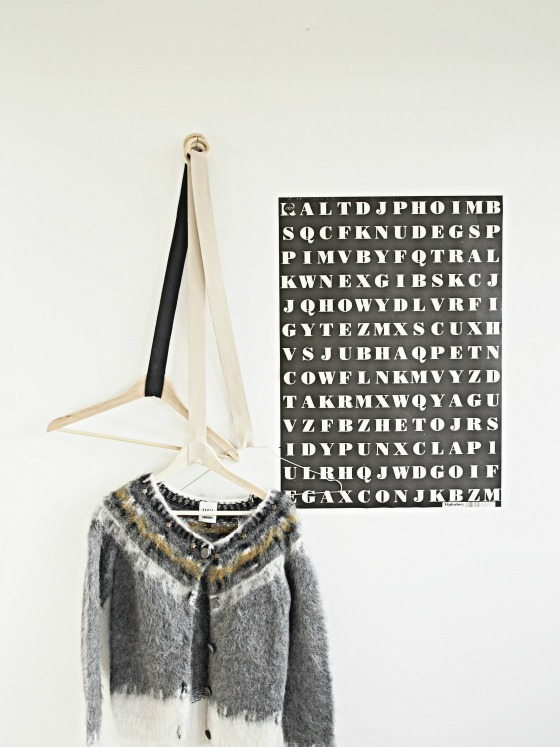 Leather_hangers_DIY_mc