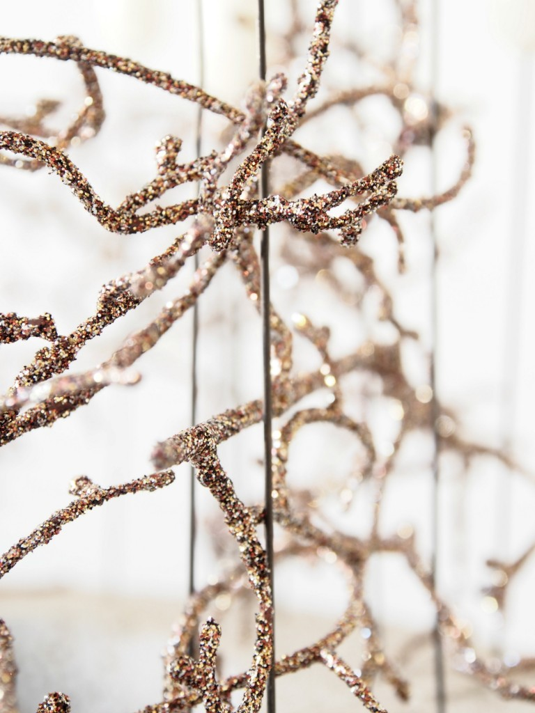 Advent_decor__glitter_twigs
