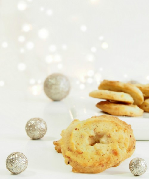 Danish Christmas Cookies - The Hive
